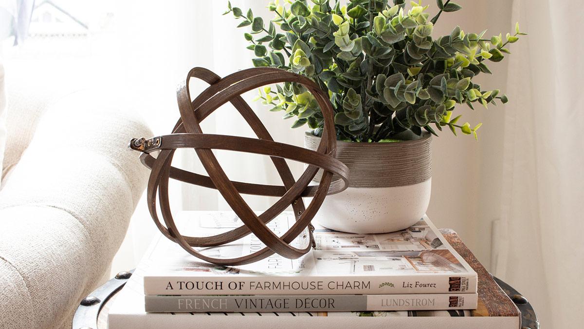 Creative Living: Make an Embroidery Hoop Orb