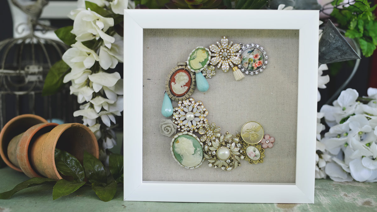 Creative Living: Displaying Family Treasures