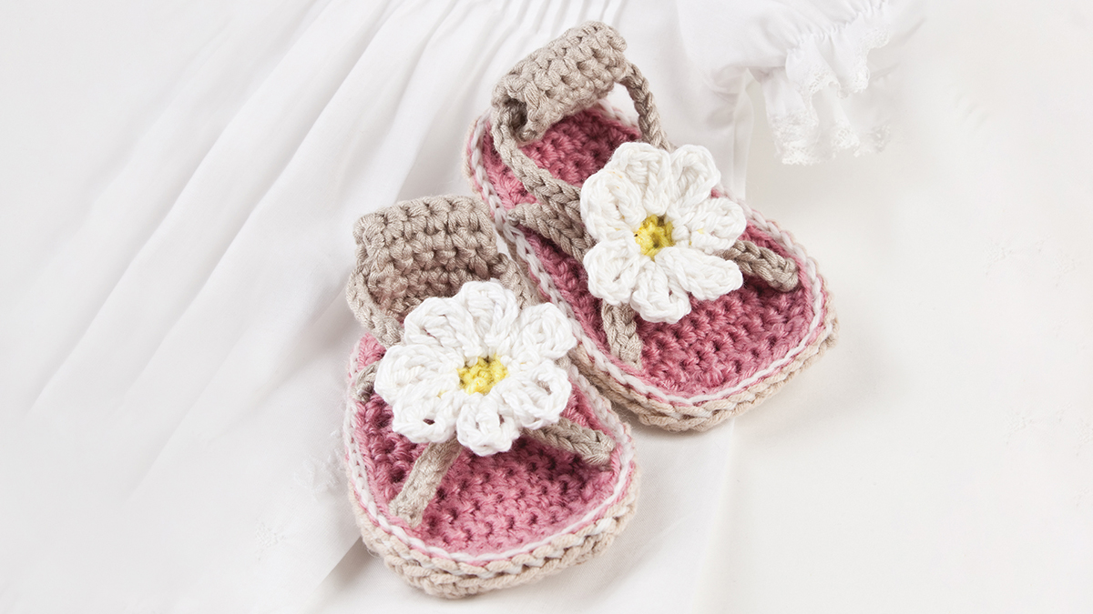 Daisy Baby Sandals video