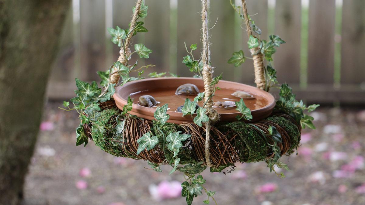 Creative Living: DIY Birdbath