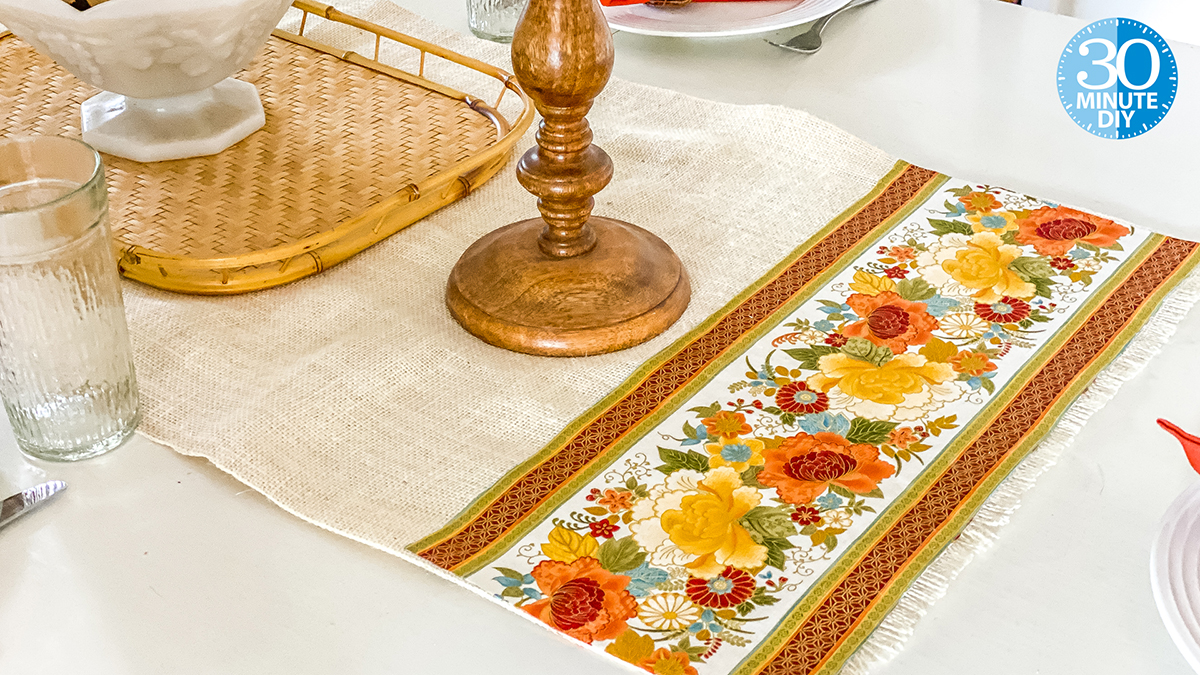 Simple Burlap Table Runner video