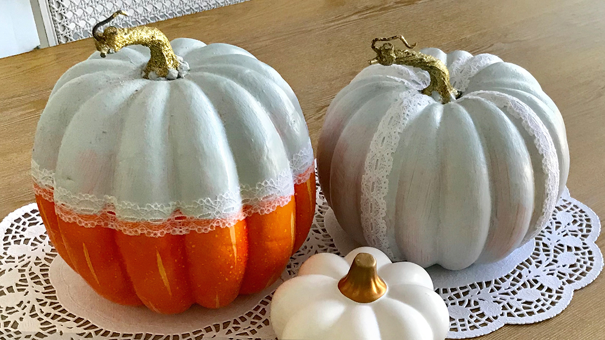 Creative Living: Easy Lace Decoupaged Pumpkins