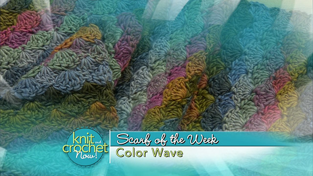 Color Wave Scarf
