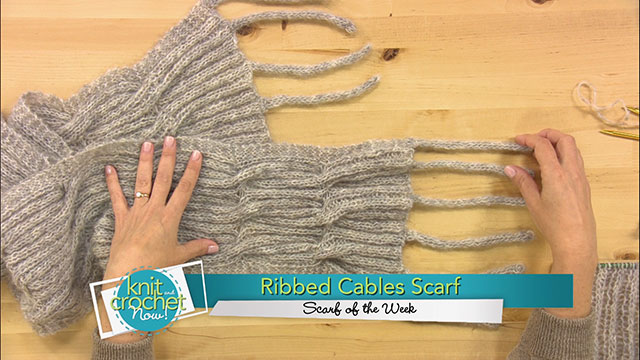 Ribbed Cables Scarf