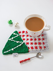 Under the Tree Knit Mug Rug