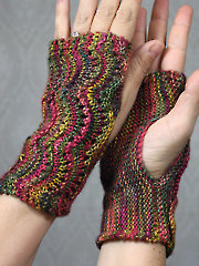Scalloped Fingerless Gloves