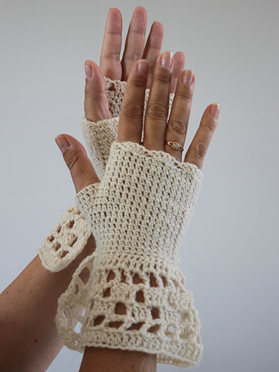 Riviera Crochet Mitts