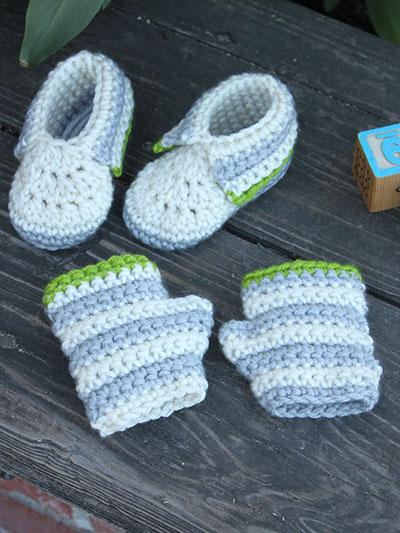 Little Hands & Feet Crochet Booties & Fingerless Mitts