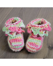 ANNIE'S SIGNATURE DESIGNS: Sweet Walking Knit Crocodile Booties