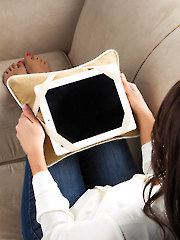 eReader Tablet Pillow