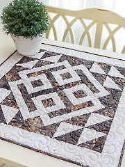 Exclusively Annie's Modern Celtic Table Topper Pattern