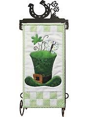 Lucky Hat Mini Wall Hanging Pattern