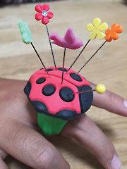 Aro Ladybug Pinchushion Ring