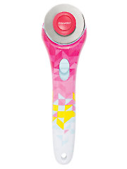Fiskars 45 mm Rotary Cutter - Pink Triangle