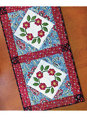Rose Wreath Table Runner Pattern