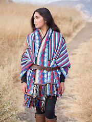 ANNIE'S SIGNATURE DESIGNS: Navajo Stole Crochet Pattern