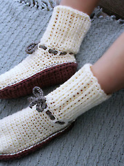 Ladies Knit-Look Sweater Boots