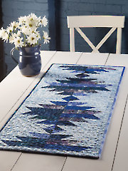 EXCLUSIVELY ANNIE'S QUILT DESIGNS: Blue Hawaiian Mountains Table Pattern