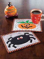 Spooked Mug Rugs Pattern