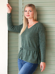ANNIE'S SIGNATURE DESIGNS: Belted Pullover Knit Pattern