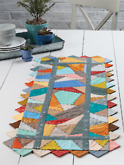 EXCLUSIVELY ANNIE'S QUILT DESIGNS: Run Like Crazy Table Runner Pattern