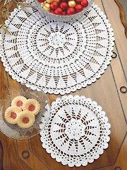 Christmas Trees Doily Set Crochet Pattern