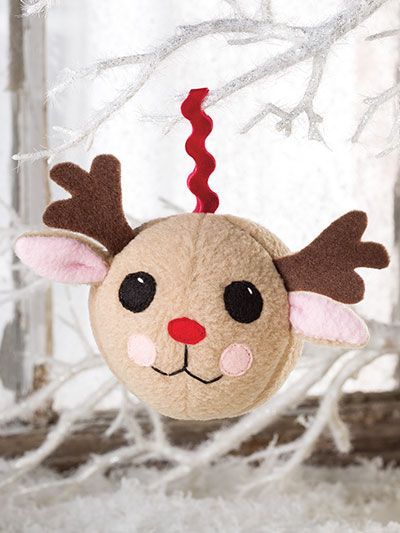 Easy to Sew reindeer ornament pattern