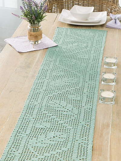 Table runner to crochet for summer
