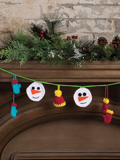 Crochet Christmas garland pattern