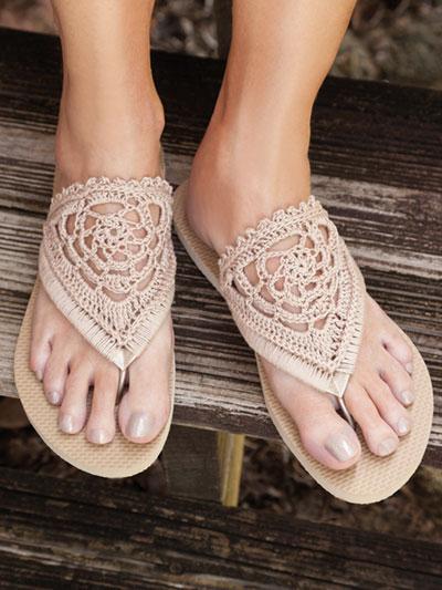 9a79e8681e69c Crochet Patterns - ANNIE S SIGNATURE DESIGNS  Fancy Flip-Flops ...