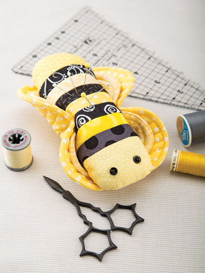 Bee Pincushion sewing pattern