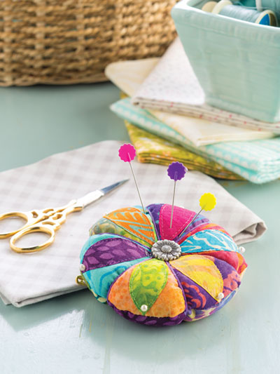 Learn to make a Petal fabric pincushion sewing pattern