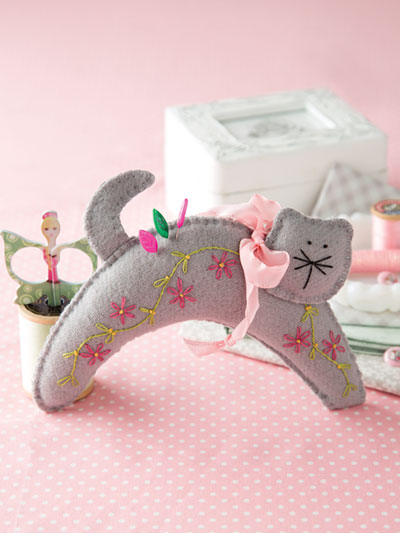 Cat Pincushion sewing pattern