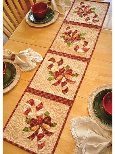 Christmas Table Runners To Sew.Vintage December Table Runner Pattern