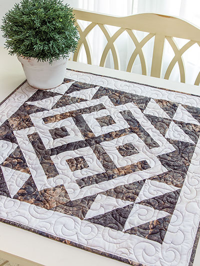Exclusively Annie S Quilt Designs Modern Celtic Table Topper Pattern