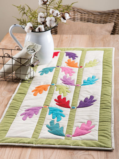 EXCLUSIVELY ANNIE'S QUILT DESIGNS: Falling Leaves Table Runner Pattern
