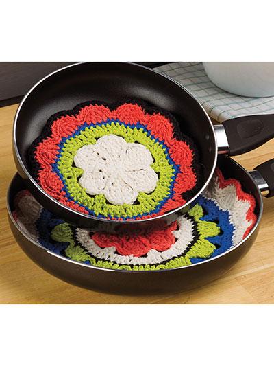 Pretty Pan Protectors  sc 1 st  Annieu0027s Catalog & New Crochet Patterns - Pretty Pan Protectors