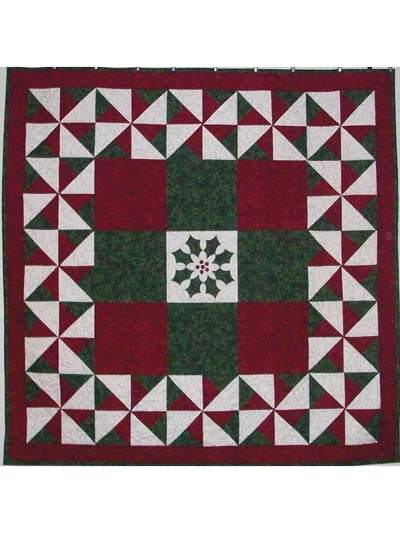Christmas & Winter Quilt Patterns - Holly Wreath With a Twist Quilt Pattern
