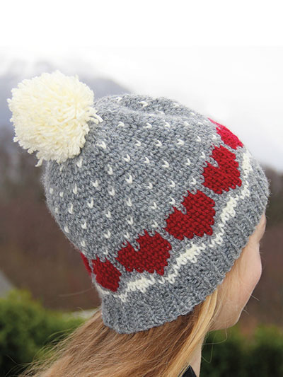 Crochet a Hat with Heart pattern looks knitted