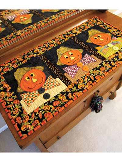 Three Scarecrows Table Runner Pattern