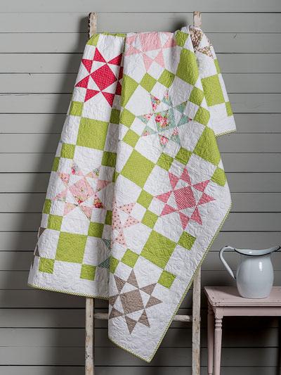 Fat Quarter Quilt Patterns - Lap Quilt & Throw Designs - Page 1