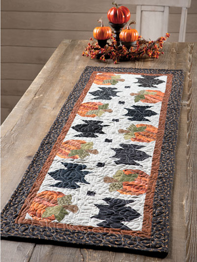 EXCLUSIVELY ANNIE'S QULT DESIGNS: Bats In the Patch Table Runner Quilt
