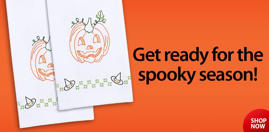431280 Halloween Pumpkin Prestamped Hand Towels 2/pkg